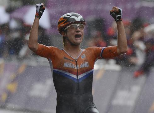 Marianne vos wins the 2012 women s olympic road race